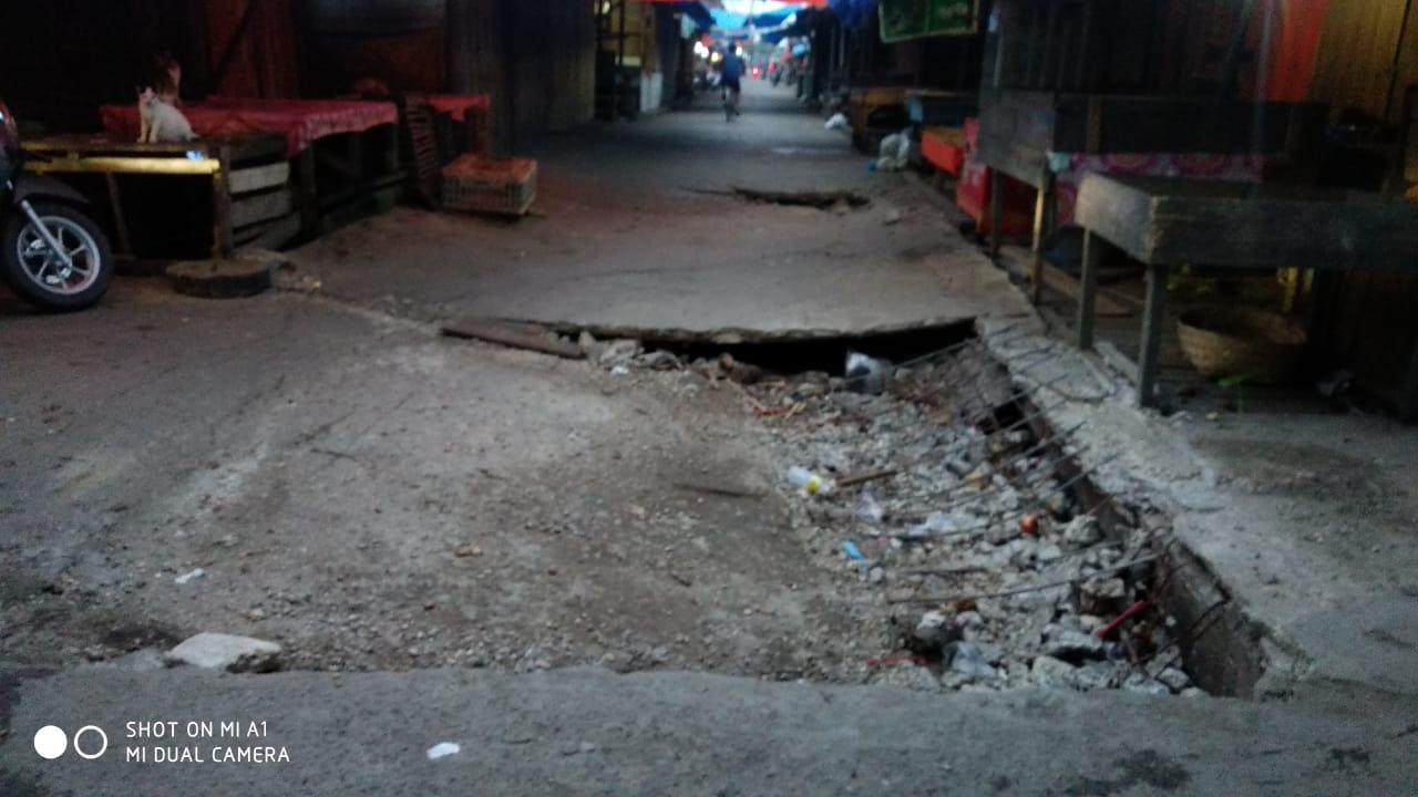 Pasar Parit II, Jalan Utama Pasar Tanggaraja Ilir