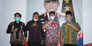 Ikatan Pemuda Jawa Provinsi Jambi Saat Bersilaturahmi dengan Syafril Nursal