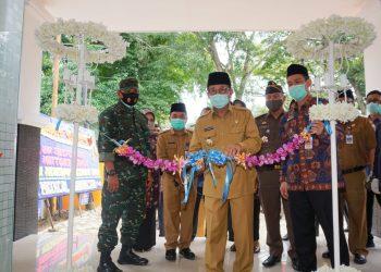 Gubernur Jambi Resmikan Laboratorium PCR Covid-19 danUnit Transfusi Darah RSUD Raden Mattaher. (Foto:Humas Pemprov Jambi)