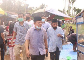 Cagub Al Haris saat mengunjungi pasar Selat di Batanghari.