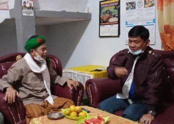 Cawagub Syafril Nursal bersama Ketua Ponpes Al Hidayah, Ahmad Dahlan.